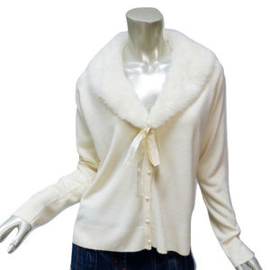 Vintage Ivory Faux Fur Bow Collar Cardigan